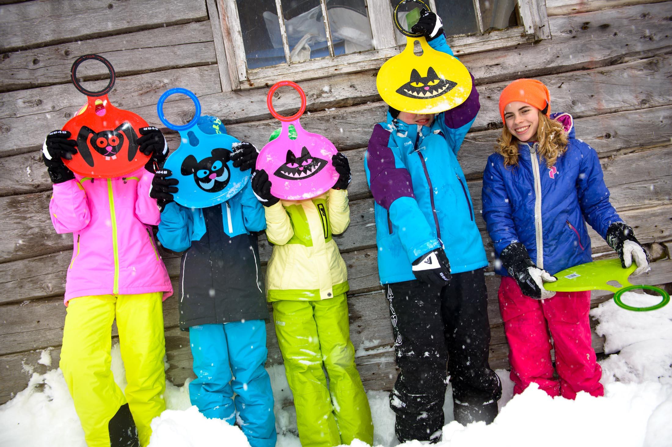 STIGA GAMES - Bilder till vinterkatalog 2014 med pulkor och snowracers fotograferat på plats i Åre.