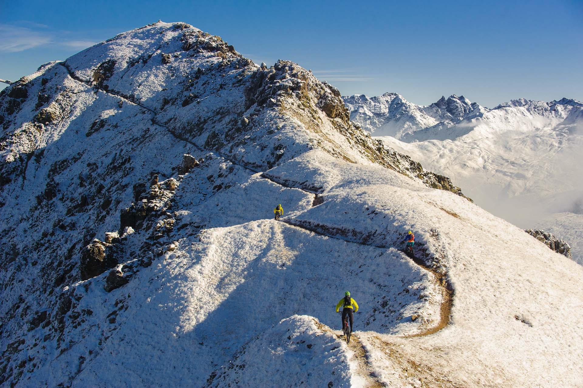Åkare: Kristian Axelsson, Hanna Ovin / Plats: Davos, Schweiz